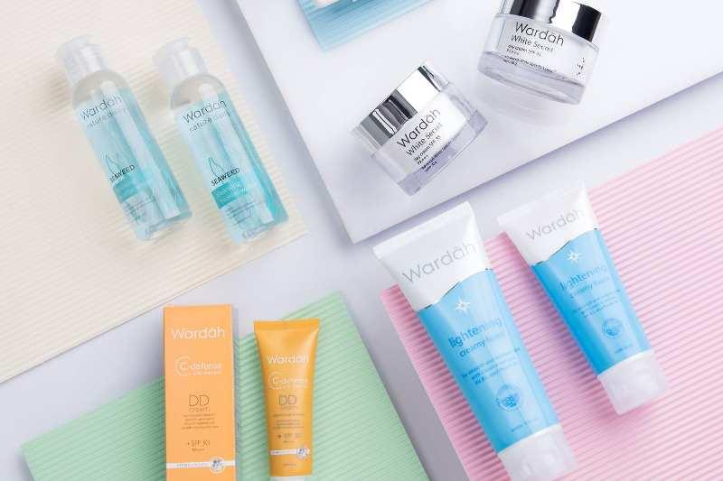 20 Produk Skincare Wardah kosmetik dan Harganya beserta Gambar (Terbaru 2020)